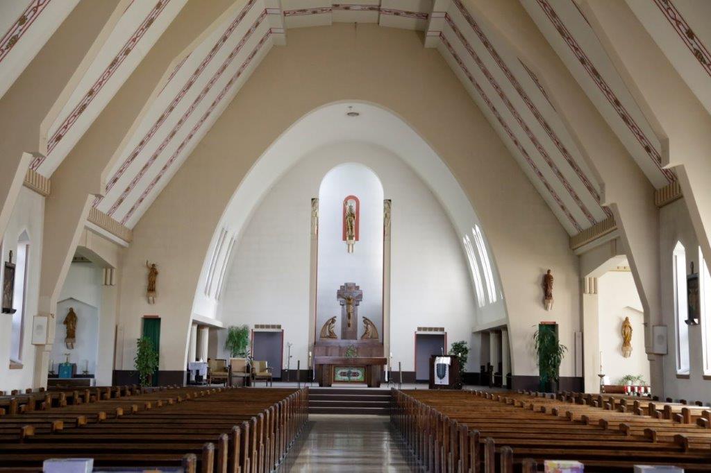 Intérieure de léglise de la paroisse Saint-Lambert
